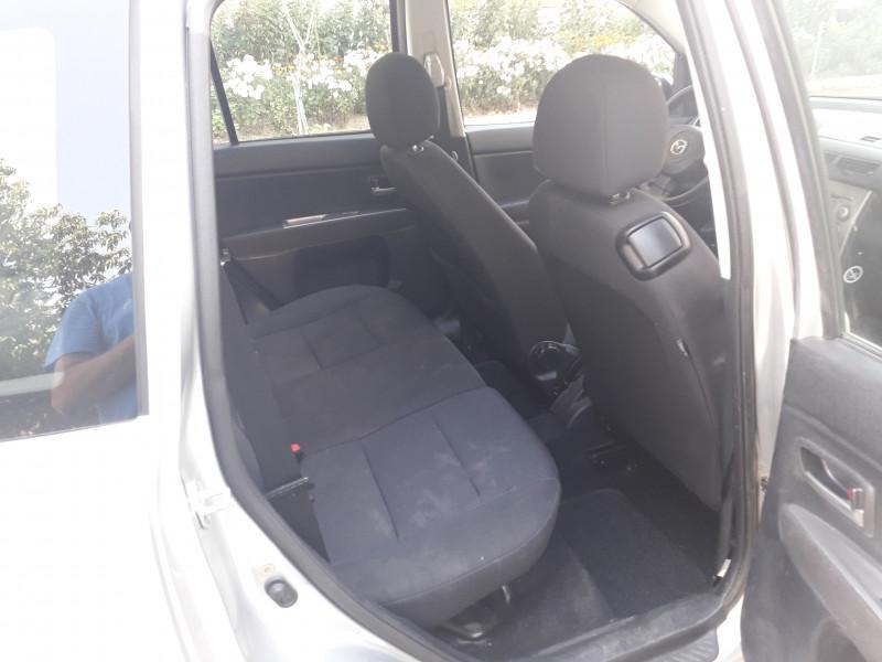 Mazda 2 - image 9