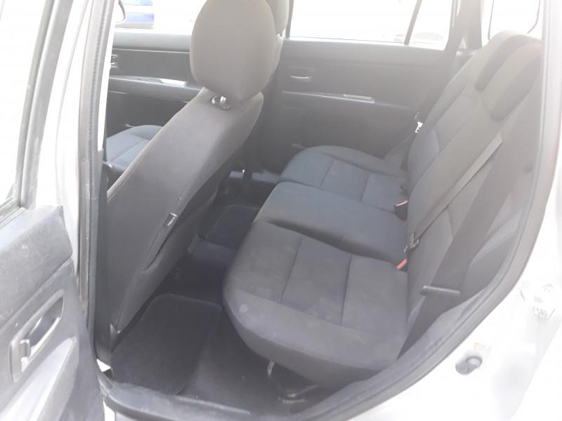 Mazda 2 - image 11