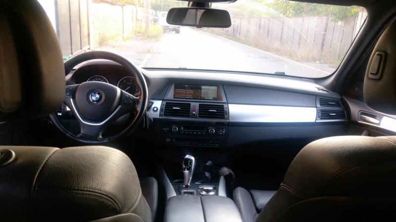 BMW X5 - image 10