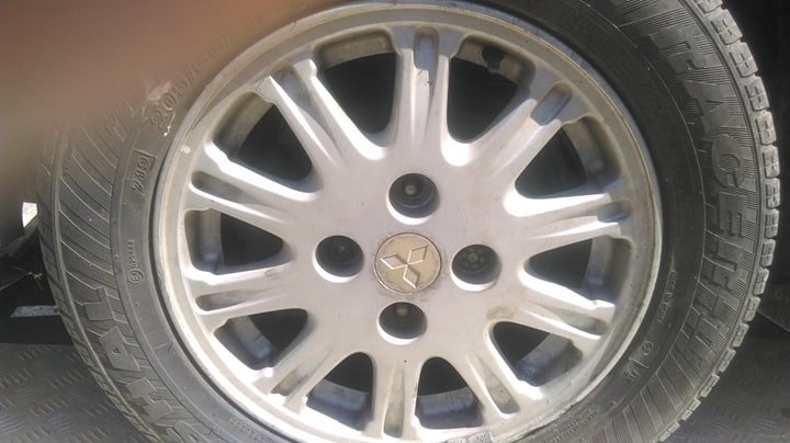 Mitsubishi Galant - image 6