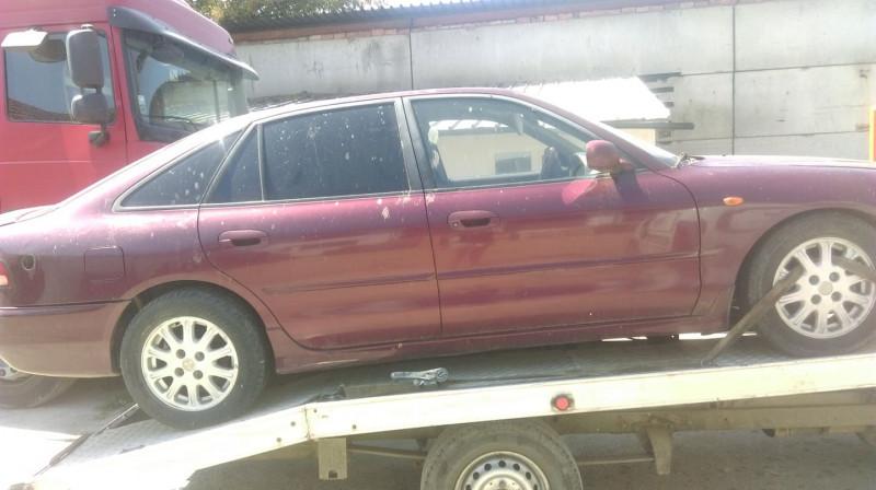Mitsubishi Galant - image 12