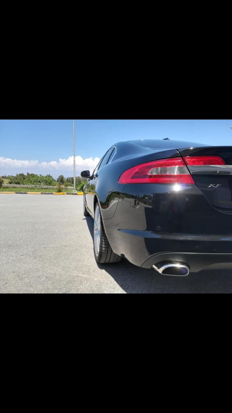 Jaguar XF - image 2