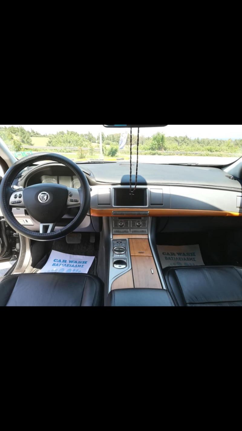 Jaguar XF - image 9