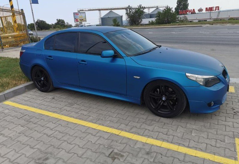 BMW 530 - image 9