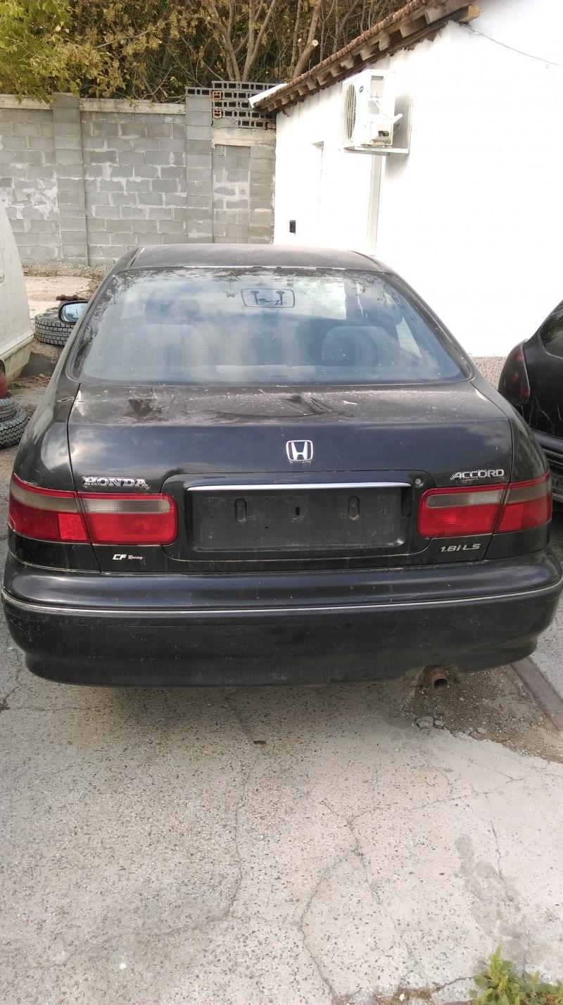 Honda Accord - image 2