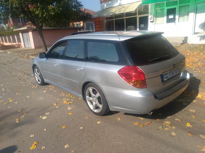 Subaru Legacy - image 2