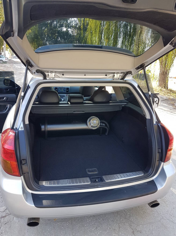 Subaru Legacy - image 9