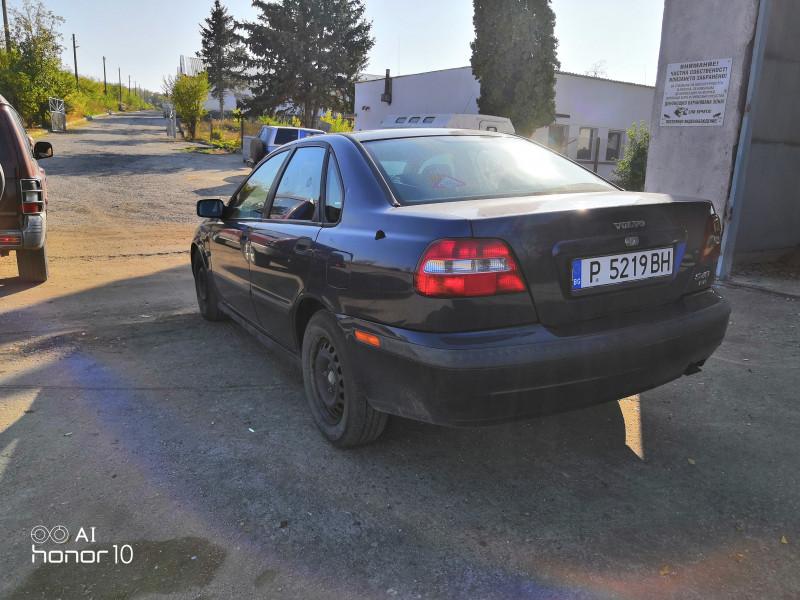 Volvo S40 - image 6