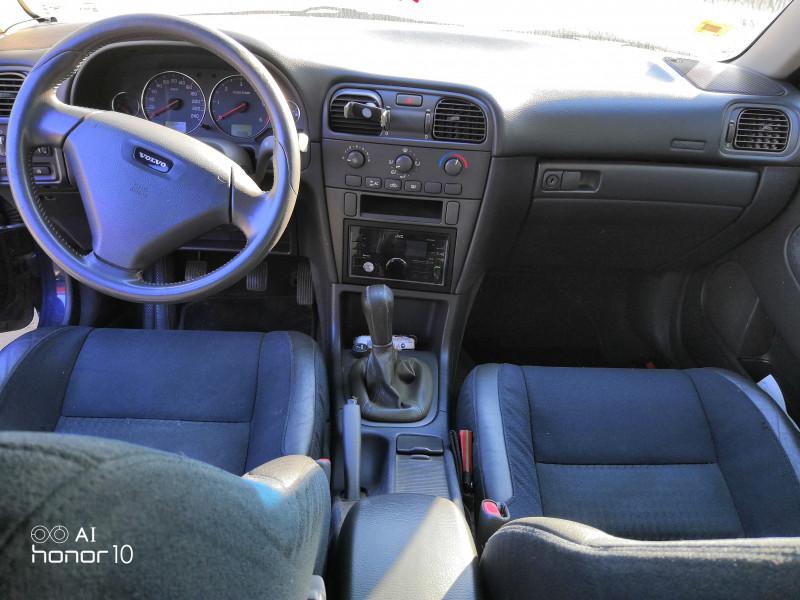 Volvo S40 - image 11