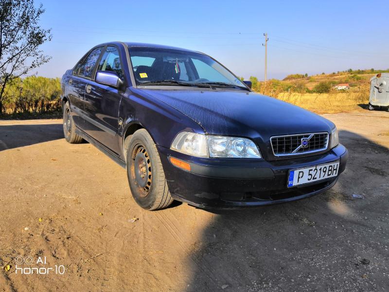 Volvo S40 - image 3