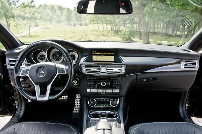 Mercedes-Benz CLS 500 - image 10