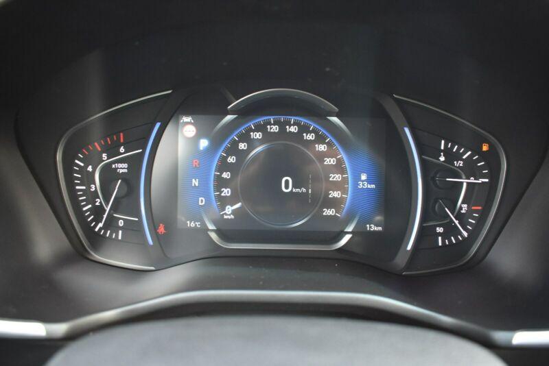 Hyundai Santa Fe - image 6