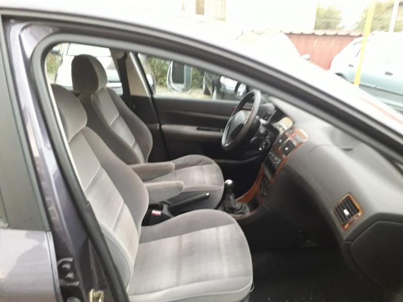 Peugeot 307 - image 6