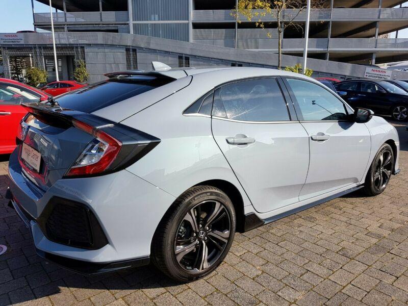 Honda Civic - image 14