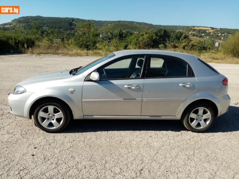 Chevrolet Lacetti - image 5