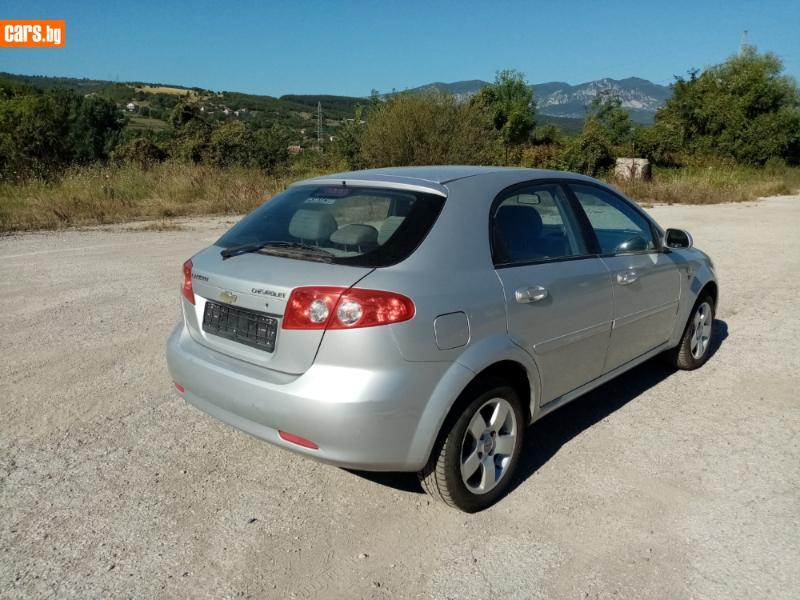 Chevrolet Lacetti - image 6