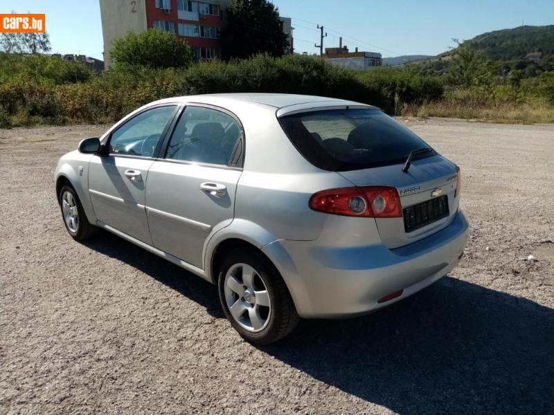 Chevrolet Lacetti - image 7