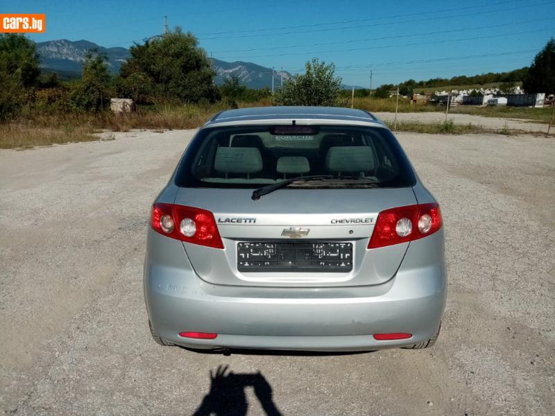 Chevrolet Lacetti - image 8