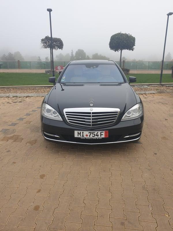 Mercedes-Benz S 500 - image 1
