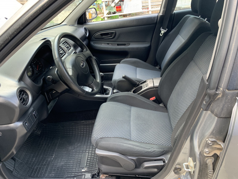 Subaru Impreza - image 7