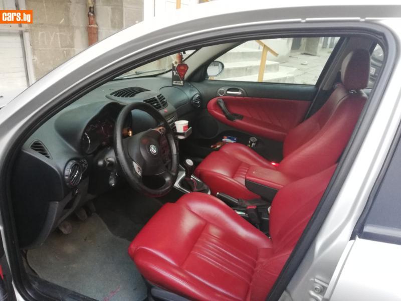 Alfa Romeo 147 - image 6