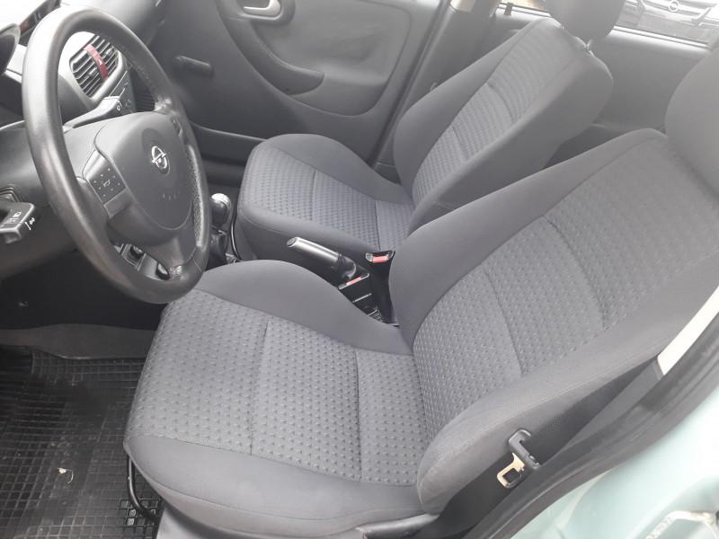 Opel Corsa - image 5