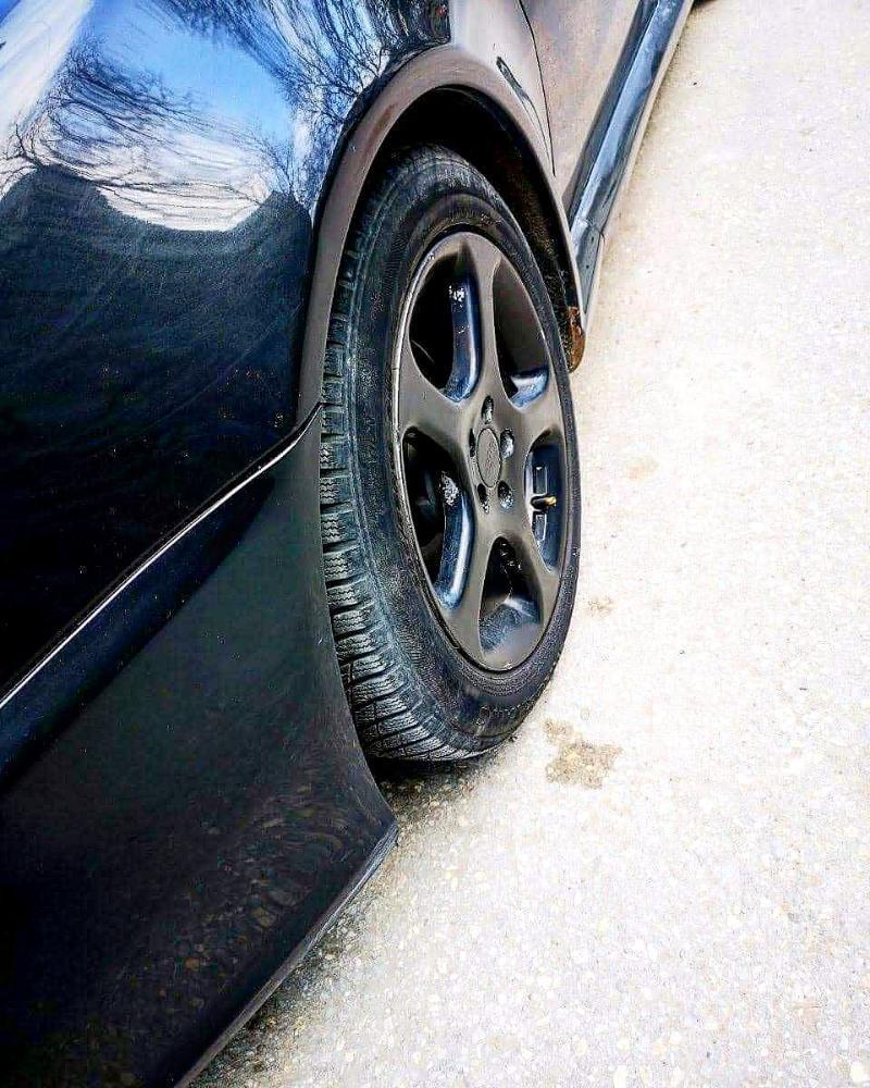 Alfa Romeo GT - image 4
