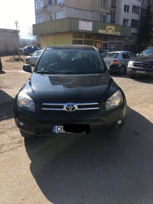 Toyota RAV 4 - image 7