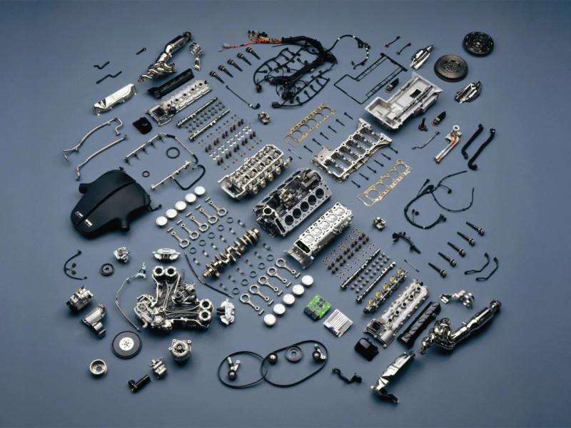 KOMATSU Резервни части за двигатели
