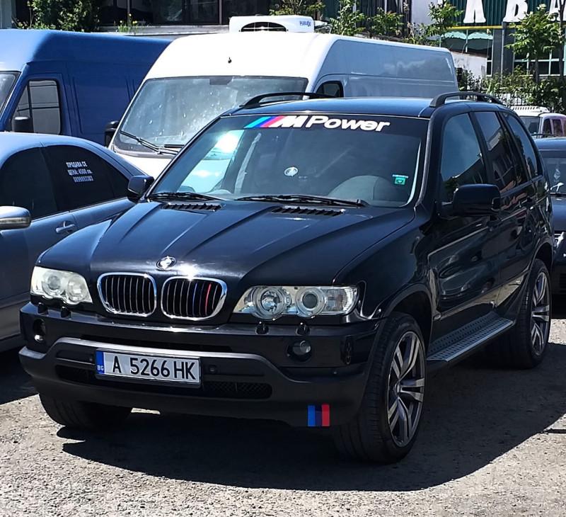 BMW X5 - image 3