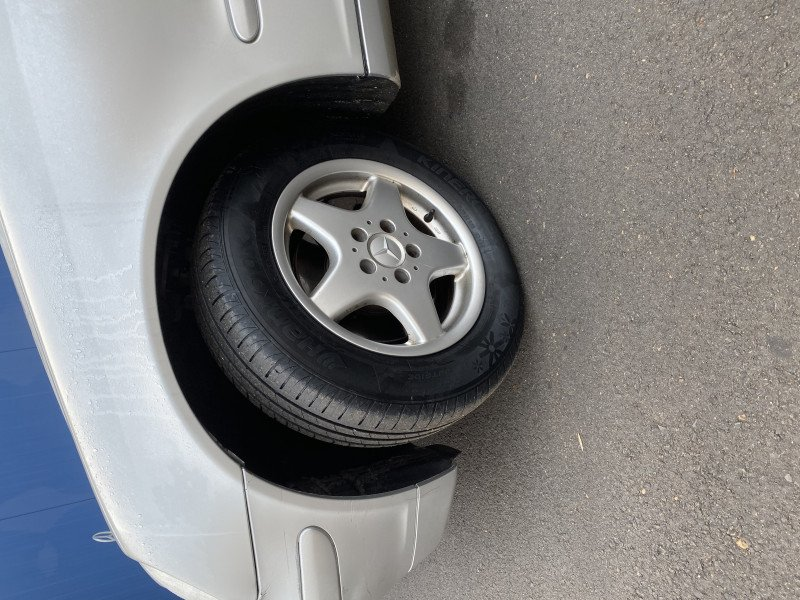 Mercedes-Benz C 200 - image 8