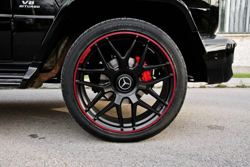 Mercedes-Benz G 500 - image 12