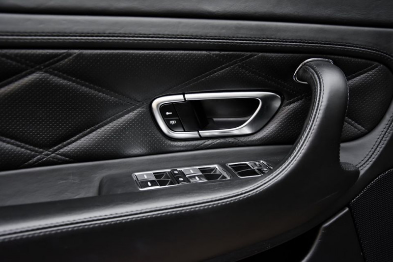 Bentley Continental - image 8