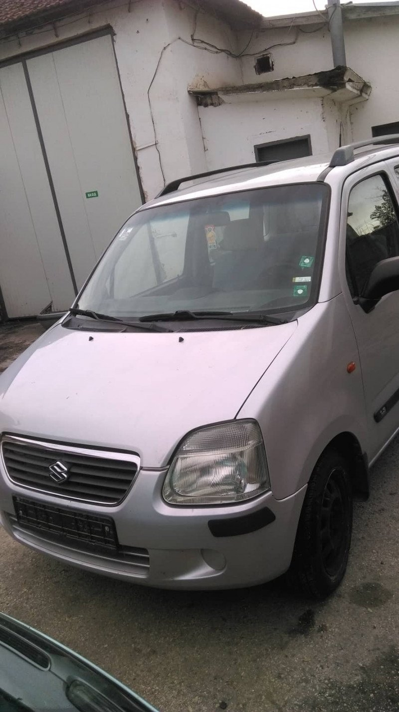 Suzuki Wagon R+ - image 1
