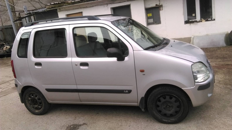 Suzuki Wagon R+ - image 2