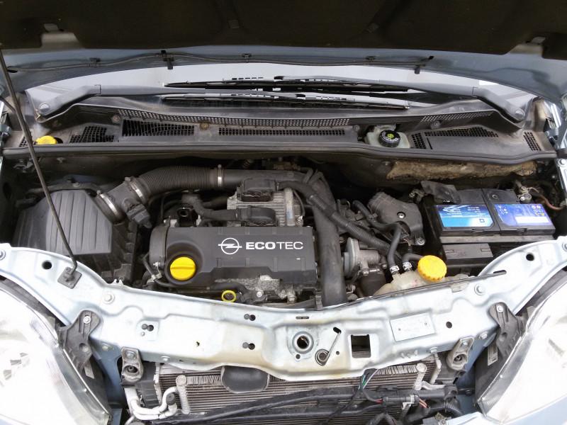 Opel Meriva - image 12