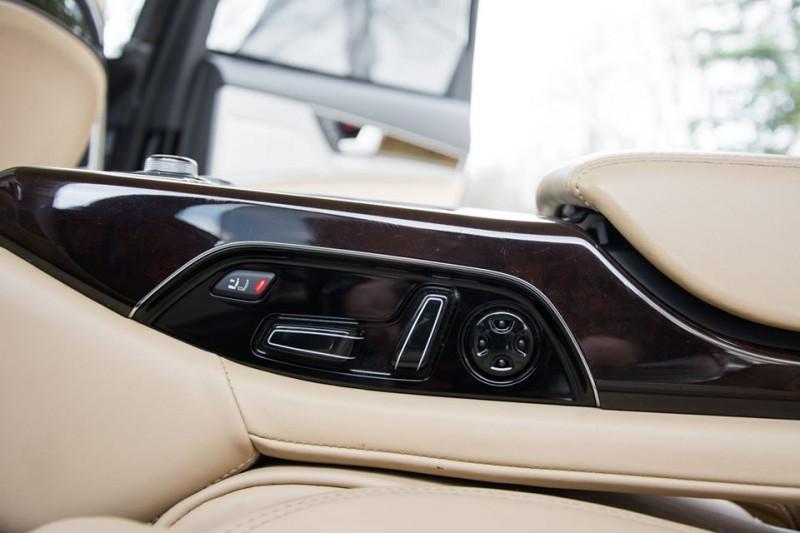 Audi A8 - image 14