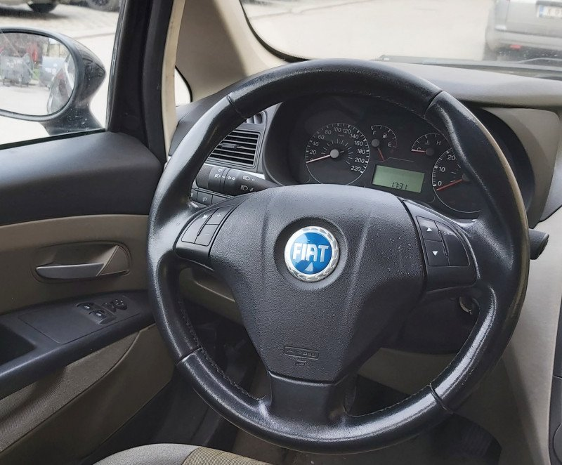 Fiat Grande Punto - image 10