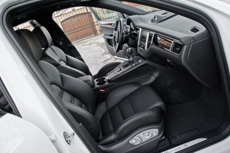Porsche Macan - image 12