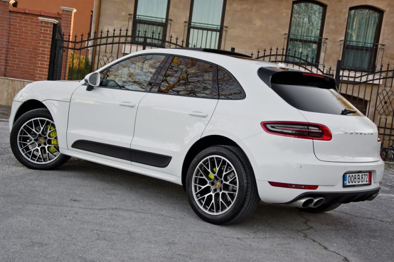 Porsche Macan - image 5