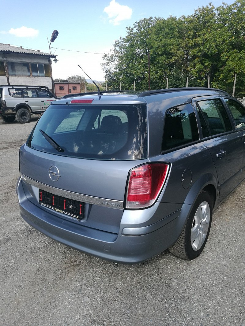 Opel Astra - image 10