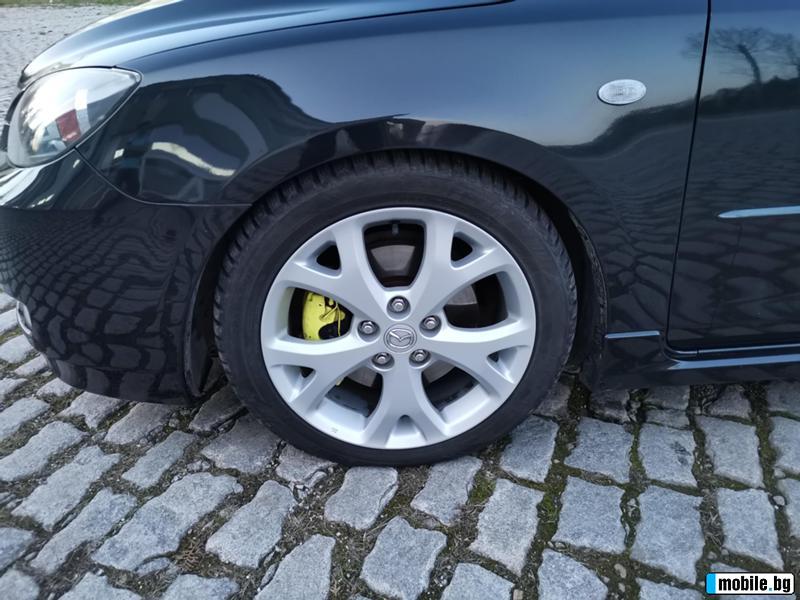 Mazda 3 - image 4