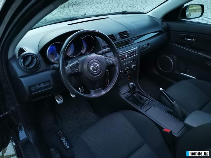 Mazda 3 - image 5