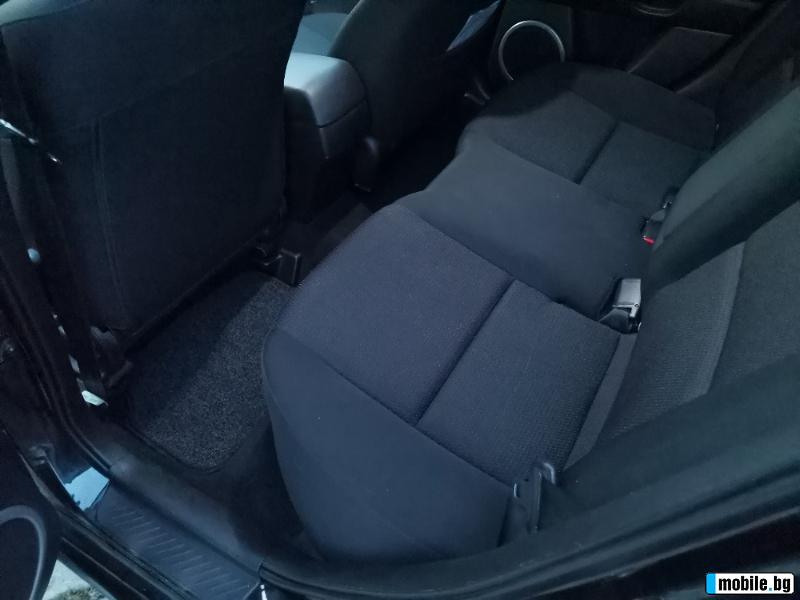 Mazda 3 - image 8