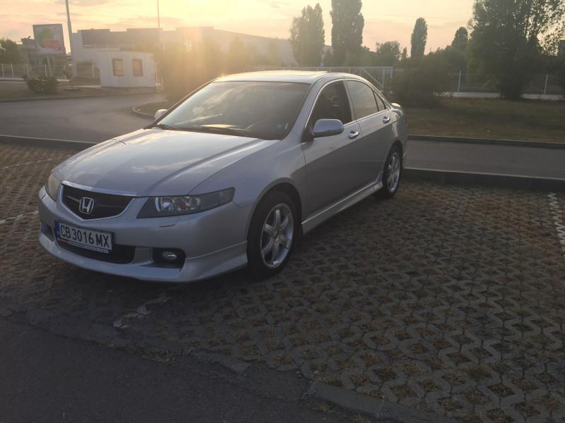 Honda Accord - image 1