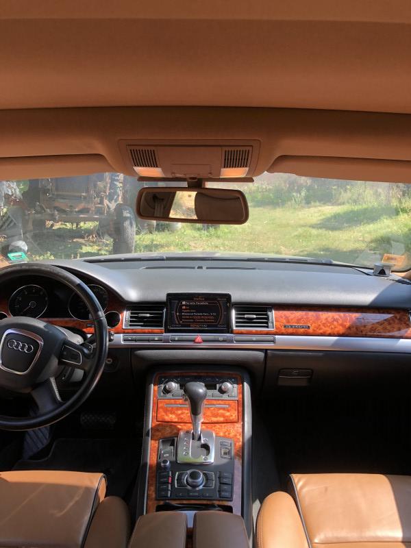 Audi A8 - image 12
