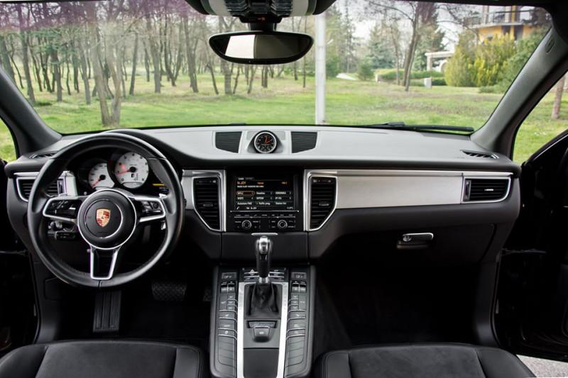 Porsche Macan - image 13