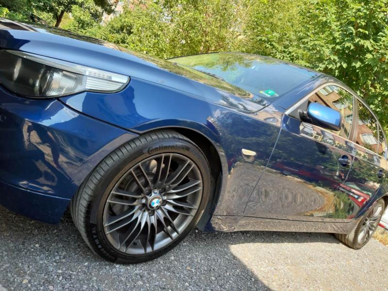 BMW 520 - image 8