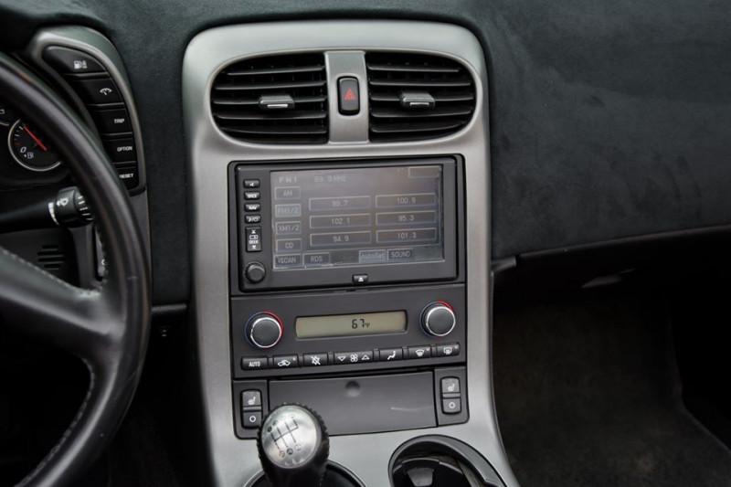 Chevrolet Corvette - image 13