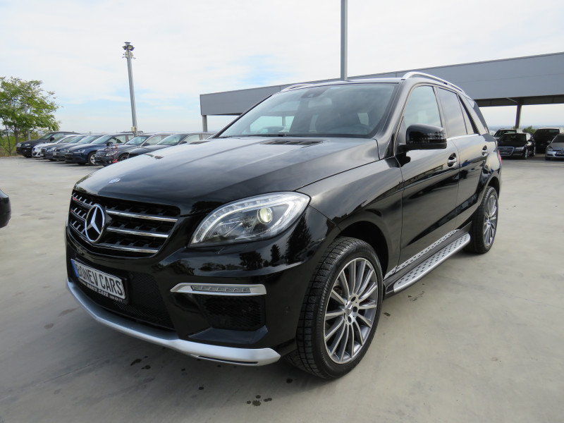 Mercedes-Benz ML 350 - image 1